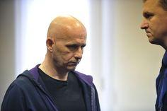 VRAH PODNIKATELE. Vrchní soud se zabýval případem Petra Venského obžalovaného z vraždy podnikatele z Uničova. Podle obžaloby zavraždil Venský svého společníka už v roce 2007. Jeho ostatky se našly až loni v lednu na okraji Žiliny na Slovensku. Krajský soud mu uložil trest dvanáct let vězení.
