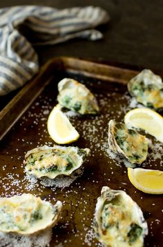 Oysters Rockefeller – The Gourmet Gourmand – Appetizer Custom Seafood Appetizers, Seafood Recipes, Shellfish Recipes, Sushi Recipes, Cooking Recipes, Baked Oyster Recipes, Grilled Oysters, Oysters Rockefeller, Gourmet