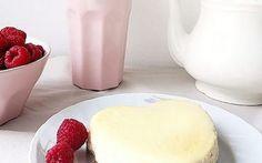 Verzicht auf Gelatine ist toll, aber macht das Rezept nicht einfach! Ist eher was für geübte Bäcker - aber wirklich lecker....  Cheesecake in Herzform backen via DaWanda.com