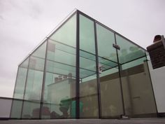 Veon Glass | Bespoke Structural Glass Solutions – Structural glass ...