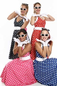 Best birthday party ideas for women polka dots ideas Pin Up Girl Costume, 60s Costume, Disco Costume, Girl Costumes, Nye Dress, Fancy Dress, Work Appropriate Halloween Costumes, Grease Themed Parties, Frock For Women