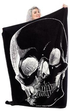 Sourpuss Gothic Skull Blanket