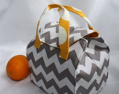Picnic Perfect Lunch Tote PDF Sewing Pattern by binskistudio