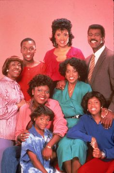 """Black Hollywood: Sitcoms""""Moesha Good Times A Different World The Cosby Show 227 Family Matters The Jamie Foxx Martin Sanford & Son The Jeffersons """" Black Tv Shows, 80 Tv Shows, Best Tv Shows, Favorite Tv Shows, Black Sitcoms, Plus Tv, Comedy Tv, Vintage Tv, Vintage Stuff"""