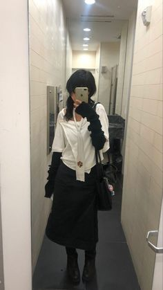 Curvy Outfits, Edgy Outfits, Cute Casual Outfits, Fashion Outfits, Fashion Wear, Ootd, Poses, Types Of Fashion Styles, Stylish