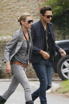 Kate Moss : scarve, blazer and grey jeans