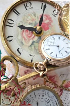 Pink roses on a clock❤ face