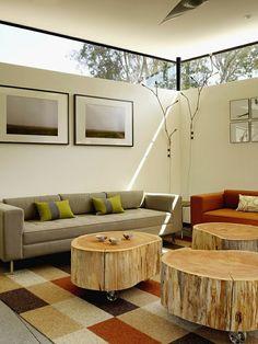 Tronco de árvore também pode ser usado de outras formas na decoração. Veja alguns exemplos de móveis e objetos e surpreenda-se!