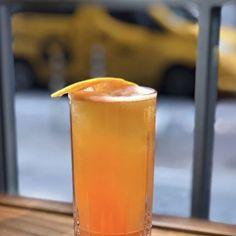 20 Beer Cocktails to Drink Right Now Tequila Mixed Drinks, Mixed Drinks Alcohol, Drinks Alcohol Recipes, Non Alcoholic Drinks, Cocktails, Fireball Recipes, Beer Recipes, Cooking Crab Legs, Distilled Beverage
