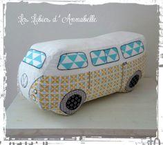 Coussin/ doudou Van Volkswagen comme le vrai mais celui là ne pollue pas!