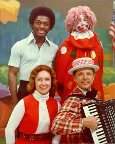 The Uncle Al Show! I loved Captain Wendy