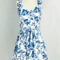 """Bloom To Breathe Dress From Modcloth. Worn once. Belt included. Rayon shell, polyester lining. 35"""" length. Fits approx 39"""" bust and 32"""" waist. Moon Collection Dresses"""