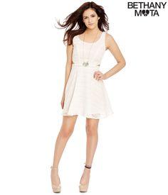 I love that dress!