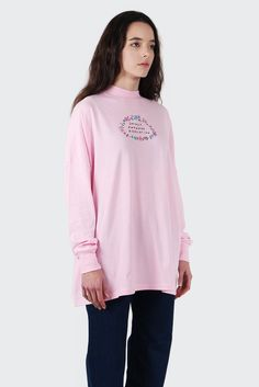 Lazy OafSocially Awkward L/S Tee - pinkSizing: Regular - shop to sizeMaterial: 100% cotton- Raised mock neckline- Oversized shirt with dropped shoulder seams- Soft touch jersey cotton- 'Socially Awkward Association' embroidery on front- Designed in the UK