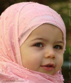 Top 100 Muslim Baby Names - Modern Muslim Names. Largest Database of Most Beautiful and Unique Muslim Baby Boy and Girl Names, Islamic Names and meanings Cute Baby Girl Images, Cute Baby Pictures, Face Pictures, Baby Photos, Cute Kids, Cute Babies, Baby Kids, Muslim Baby Names, Muslim Girls