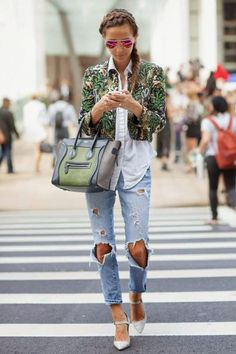 This denim look is traffic-stopping.