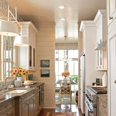 5 ways to Create a Successful Galley Style Kitchen Layout Kitchen space in galley-style kitchens can be limited.Look at these 5 tips for making your galley kitchen layout shine. Galley Kitchen Design, Small Galley Kitchens, New Kitchen, Home Kitchens, Kitchen Dining, Kitchen Decor, Kitchen White, Kitchen Designs, Gally Kitchen