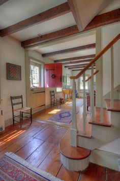 Lovely Early American Entrance Hall | Content in a Cottage