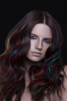 If I ever dye my hair, I want it like this.(Color play - waves and rainbow hair strands.)