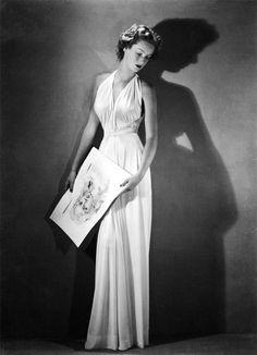 Arturo Ghergo - Princess Marella Caracciolo di Castagneto (later Marella Agnelli) dressed by Federico Forquet - Vogue, 1945