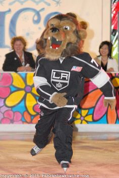 .Bailey, the Los Angeles Kings mascot,  ice skates during  the grand opening celebration of ICE at Santa Monica on Wednesday, November 10, 2...