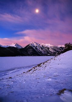 Twin Lakes Moonrise #136 Twin Lakes, Colorado Moonset over frozen Twin Lakes, January. Photo © copyright by Stan Rose.