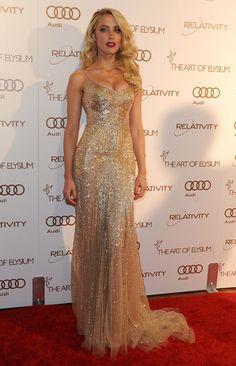 Amber Heard Beaded Dress - Amber Heard Looks - StyleBistro Amber Heard, Gold Beaded Dress, Gold Tulle, Beaded Dresses, Gold Gown, Sparkly Gown, Pink Tulle, Gold Sequins, Sequin Dress