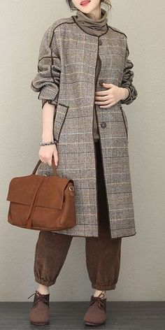Next Post Previous Post Fashion Quilted Gray Plaid Woolen Long Coat For Women Mode gesteppter grauer karierter woolen langer. Iranian Women Fashion, Muslim Fashion, Modest Fashion, Hijab Fashion, Fashion Outfits, Fashion Trends, Fashion Coat, Fashion Clothes, Trendy Fashion
