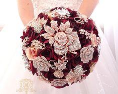 Gold Bouquet, Crystal Bouquet, Wedding Brooch Bouquets, Bridesmaid Bouquet, Boquet Wedding, Bling Wedding, Broch Bouquet, Crystal Flower, Silk Roses