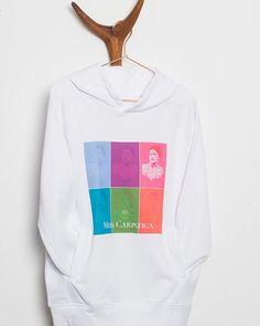 Just #hangingaround 😏#happyfriday #friyay #weekend #hoodyseason #hoodyweather #hoodie #cozy #weekendvibes #unisex #instafashion… Weekend Vibes, Hoodies, Sweatshirts, Happy Friday, Graphic Sweatshirt, Cozy, Unisex, Sweaters, Instagram