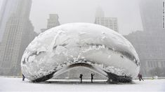 """Chicago sets snowfall record as mid-Atlantic braces"""