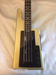 My loyal and faithful Gibson 20/20 bass.