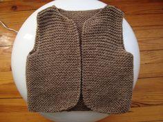 Vous souhaitez créer  vous même un modèle tricot gratuit gilet de berger ? Voila un échantillon de modèles  afin d'apprendre à fabriquer à partir de rien un tricot esthétique étape par étape sur la thématique tricot gratuit gilet de berger, n'hésitez pas à  zoomer ou imprimer  chaque photo afin de bénéficier de ce patron de tricot quand vous serez déconnecté.