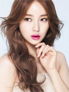 Zoom - Yoon Eun-hye's fancy lipstick photo shoot