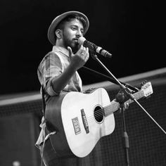 100s of live performance# JVbaby# keep rocking...