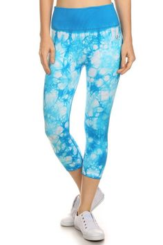 Womens Active Wear Seamless Cropped Capri Pants >>> Learn more by visiting the image link. (This is an affiliate link) Funky Leggings, Active Wear For Women, Sassy, Capri Pants, Women's Swimwear, How To Wear, Stuff To Buy, Activewear, Clothes