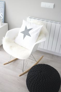 1000 images about eames chairs deco on pinterest for Fauteuil eames rocking chair