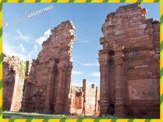 Postal de las #RuinasDeSanIgnacio, una maravilla arquitectónica que comenzó a construirse en 1696. ¡Compartí tus fotos de viajes y sumate a Postales Argentinas! #Turismo #Argentina #ViajesGuíasYPF #GuíasYPF #Viajes #YPF