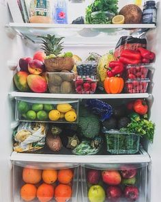 31.7 тыс. отметок «Нравится», 334 комментариев — J o s e (@naturally.jo) в Instagram: «When your fridge is goals af  My friend @tropicallylina shared her colorful fridge with fruits…»