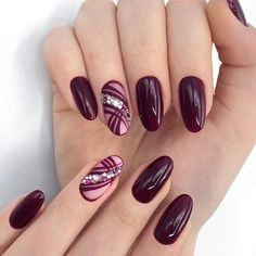 Semi-permanent varnish, false nails, patches: which manicure to choose? - My Nails Classy Nails, Cute Nails, Pretty Nails, Simple Nails, Classy Nail Designs, Gel Nail Designs, Nails Design, Red Nails, Hair And Nails