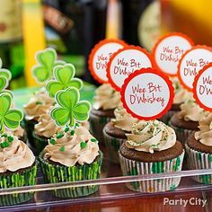 These cupcakes have a St. Paddy's surprise baked inside: booze! Click the image for sweet St. Paddy's Day treats :)