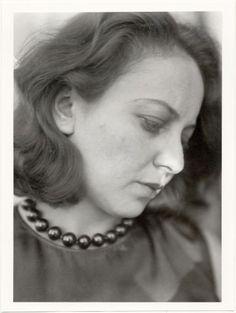 Lucia Moholy, Portrait Otti Berger, um 1927-28