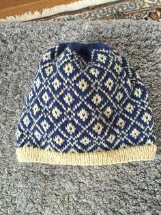 Crochet Beanie, Knitted Hats, Knit Crochet, Fair Isles, Trapper Hats, Headgear, Hats For Men, Beanie Hats, Snug