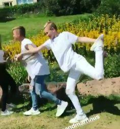 Gymnastics marcus & martinus😂 not bad♡ Keep Calm And Love, My Love, Dream Boyfriend, I Go Crazy, M Photos, Twin Boys, I Got You, Funny Moments, Cute Boys