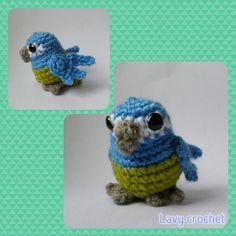 Amigurumi parrot plush crochet toy