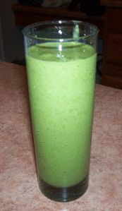 arugula green smoothie Arugula, Glass Of Milk, Smoothie, Pudding, Green, Desserts, Food, Rocket Salad, Smoothies