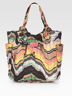 Fun tote for the summer/spring.