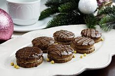 Išlerky Czech Recipes, Christmas Cookies, Yummy Treats, Muffin, Chocolate, Breakfast, Food, Hampers, Xmas