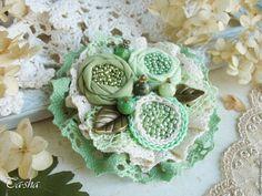 """Купить """"Кипарис"""" бохо брошь цветок зеленый салатовый - броши, брошь натуральные камни boho chic boho jewelry boho brooch brooch textile"""