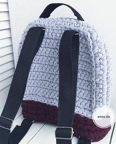 """143 Likes, 5 Comments - ВЯЗАНИЕ  в НАЛИЧИИ и на ЗАКАЗ (@dasha_vida) on Instagram: """"Вид сзади.  Рюкзак очень плотный,  хорошо держит форму.  Размеры: 30см высота, 25 см ширина, 10…"""""""